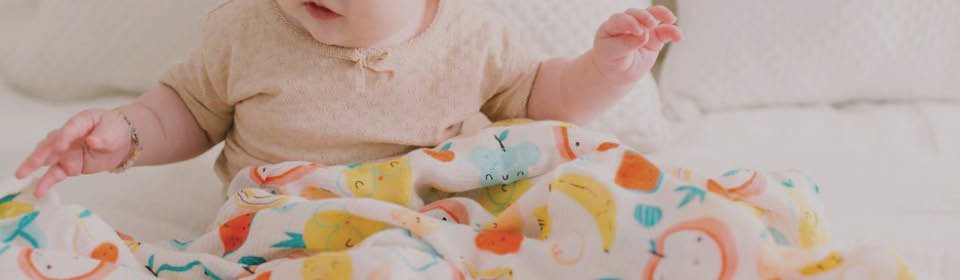 baby sleep in Loulou lollipop swaddle