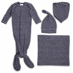 Snuggle Knit Newborn Gift Set