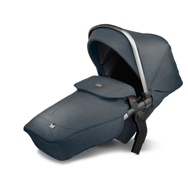 View larger image of Wave + Tandem Seat + Accessories Bundle